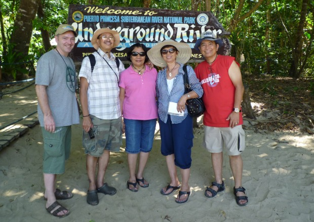 The group from the van to Sabang. All super nice Pinoys