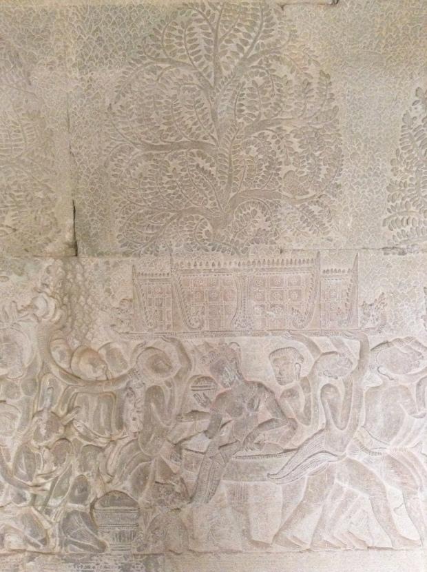 Bas relief princess Angkor Wat